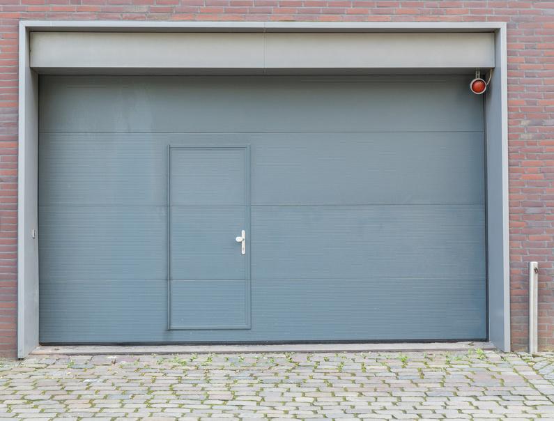 Garagentor mit integrierter tür  Garagentore - Schlosserei und Metallbau Recklinghausen und Hamburg