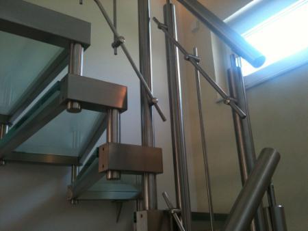 glasstufen treppe gel nder f r au en. Black Bedroom Furniture Sets. Home Design Ideas